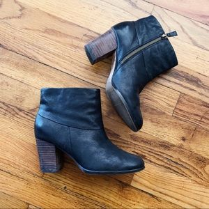 COLE HAAN   Cassidy Bootie Size US 5.5